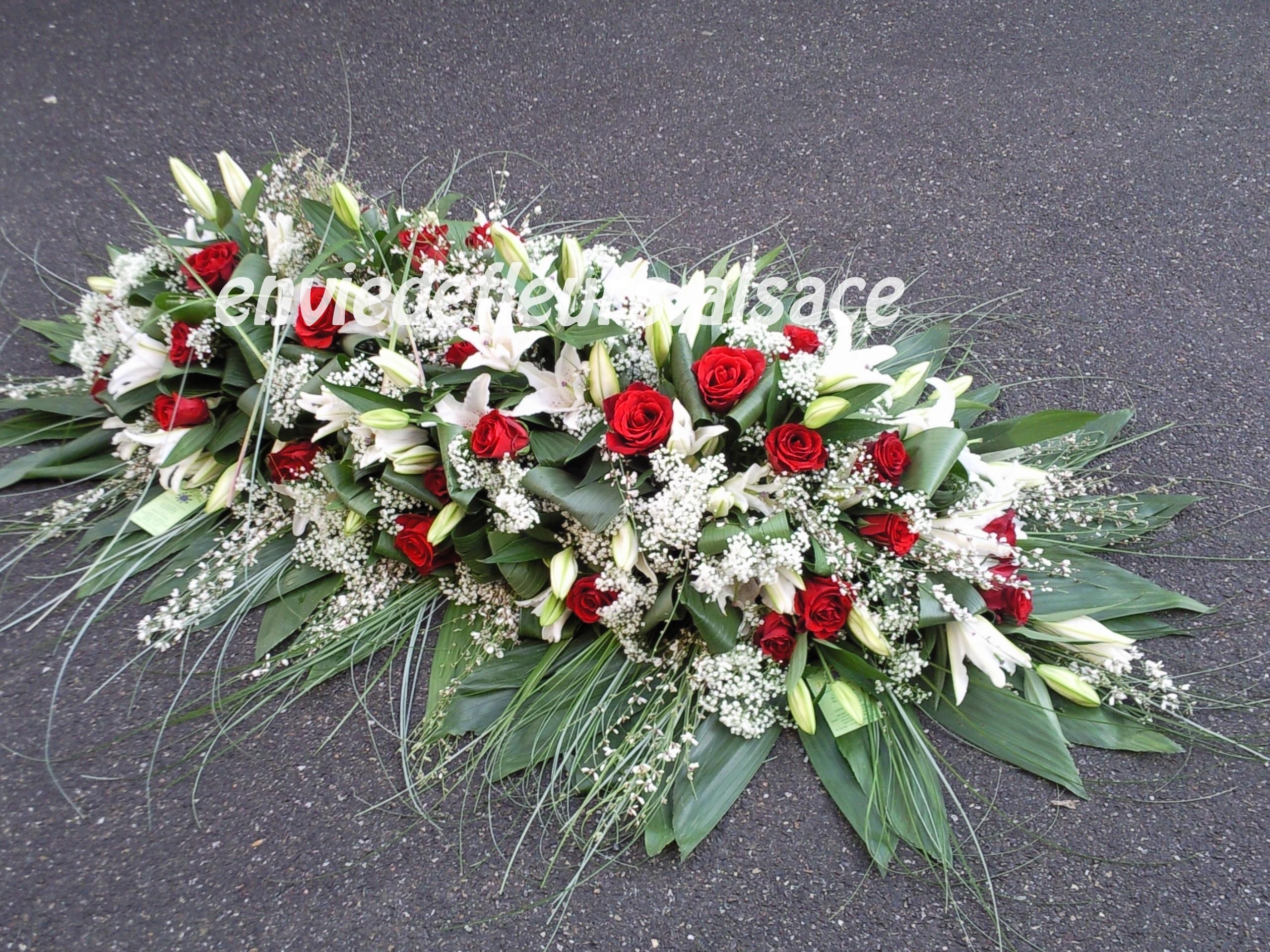 Bouquet de fleurs pour deuil